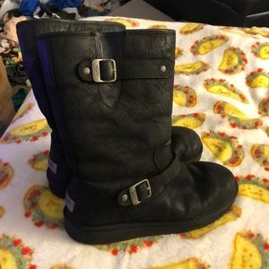 Ugg black leather sheep fur lined size 11 women